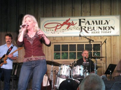 Dolly's Family Reunion Band
