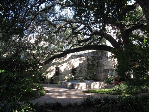 Alamo Gardens