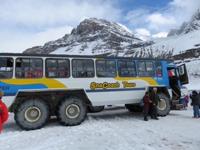 Glacier Pkwy (110)