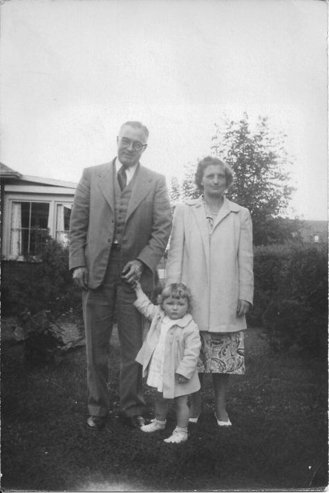 Dad, Mom & Me