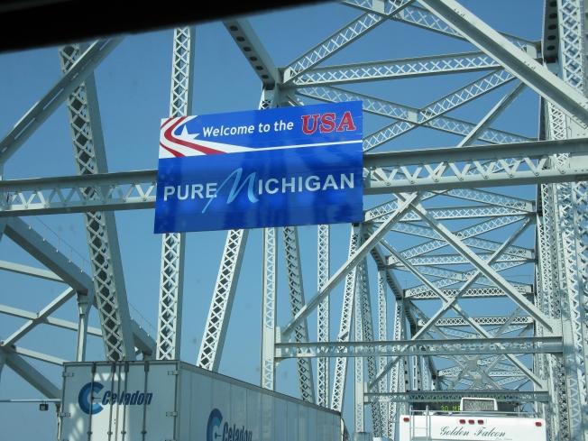 Crossing Border Canada/US